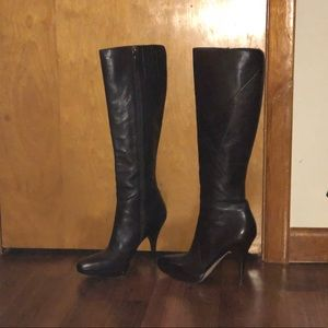 Via spiga tall brown boots with zipper and heel